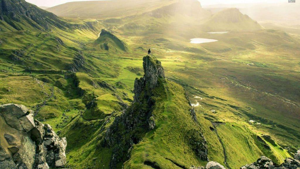 Fjellandskapet Quirang på Isle of Skye i Skottland.