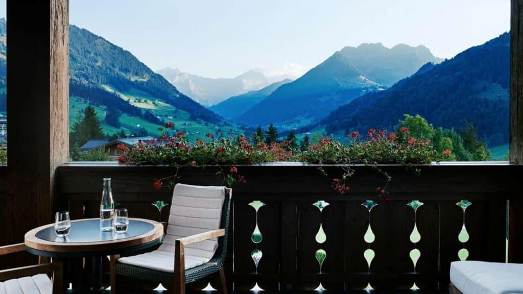 Idyllisk utsikt over alpene.