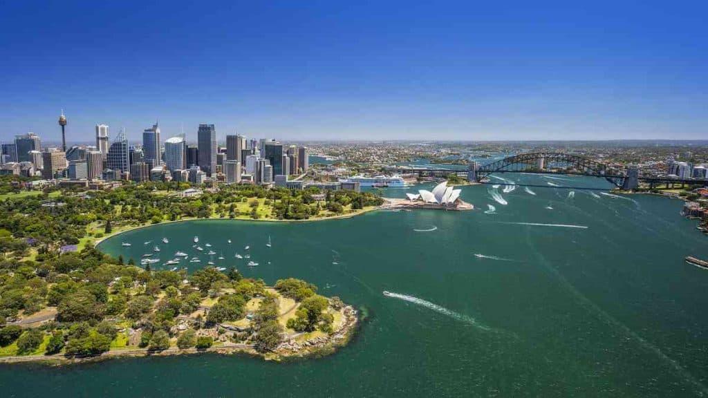 Oversiktsbilde av Sydney og havneområdet.